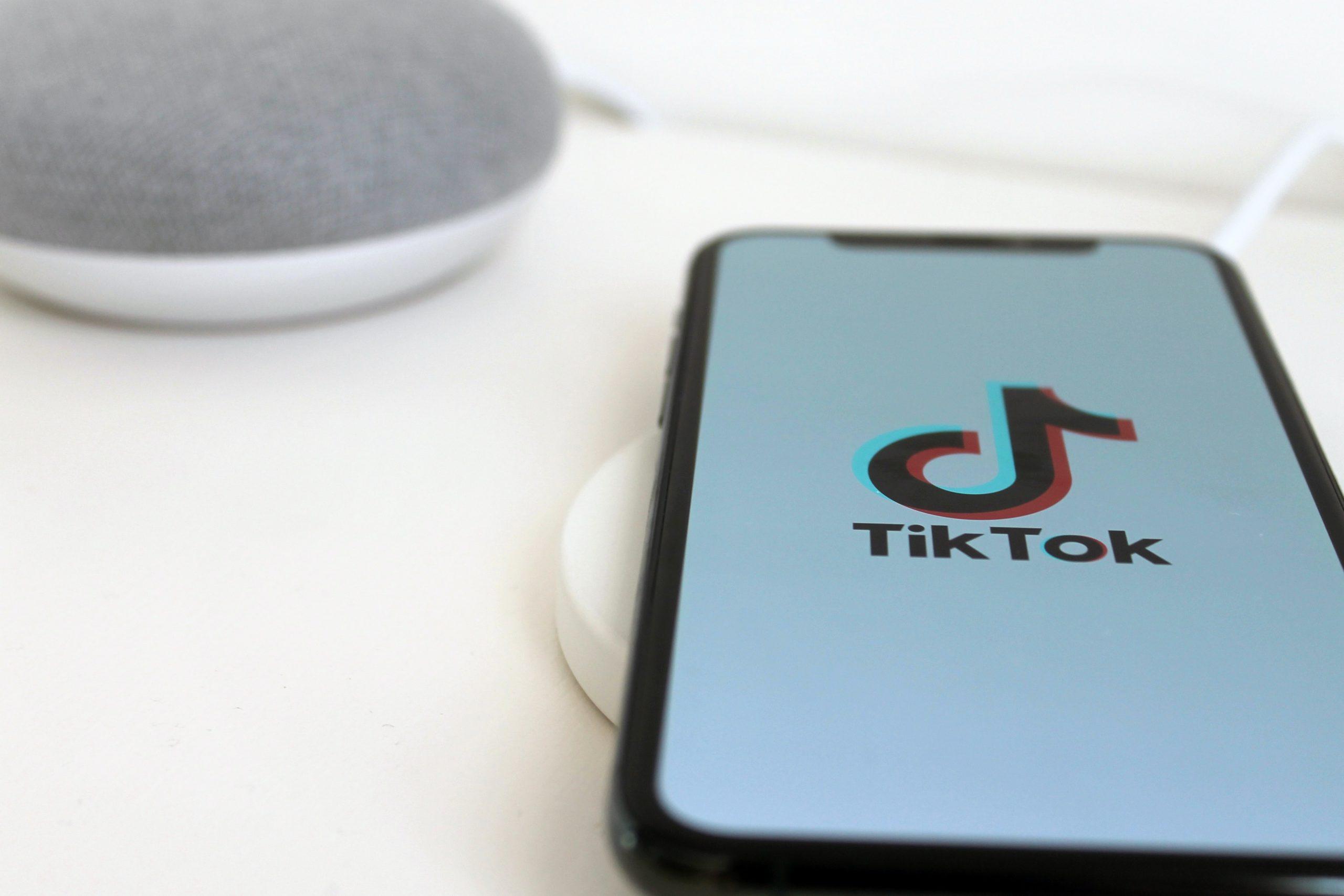 L'importance des «hashtags» sur l'application TikTok